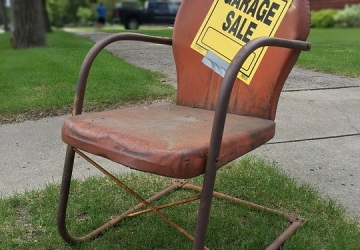 7 Tips For Organizing A Successful Garage Sale