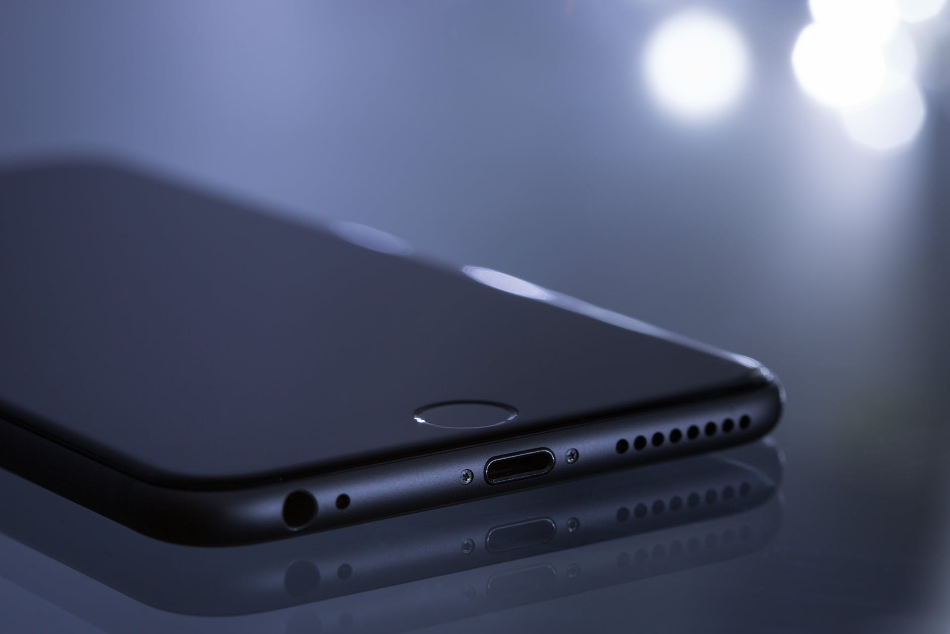 3 Damaged Parts That You Can Easily Buy from Wholesale Apple Parts Companies